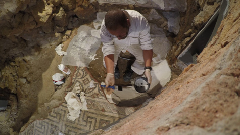 Mosaic Consolidation. Preparation for removal.<br>Image kindly provided by ERA Arqueologia.
