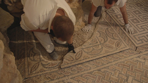 Mosaic replacement works.<br>Image kindly provided by ERA Arqueologia.