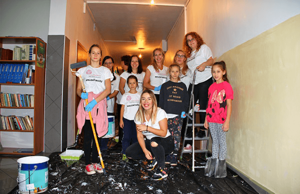 Volunteers renovate Special School in Gdansk (Poland)